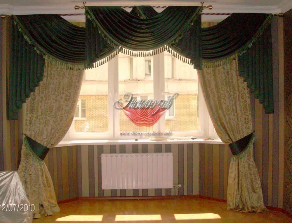 классические шторы на эркер фото